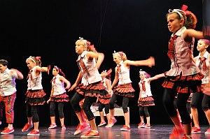 TS_Bewegende Träume Stadthalle_Dance_Dolls